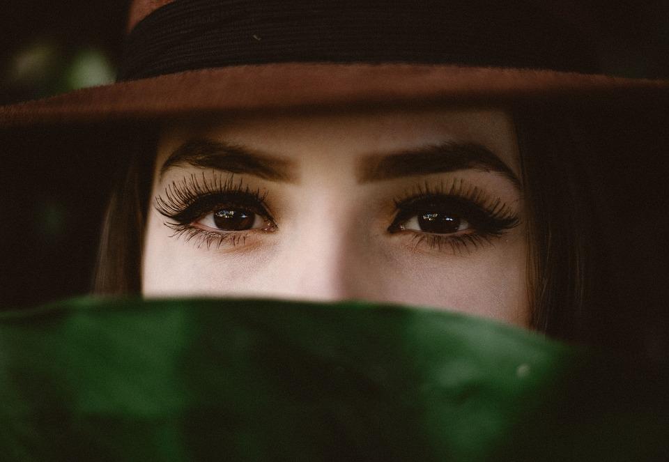 eyelash 5